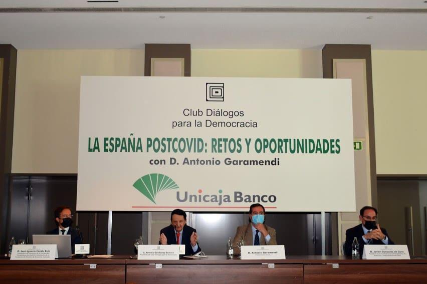 Desayuno Informativo con el Presidente de la CEOE D.Antonio Garamendi.